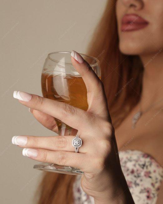 انگشتر جواهر 1608