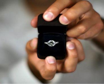 انگشتر جواهر نامزدی